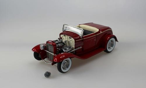 Ford Grand National 1932 Deuce Series #5 Roadster (#523)