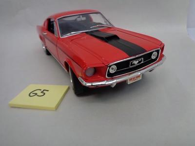 Ford Mustang Rouge Ertl 1,18**Hard To Find**#65