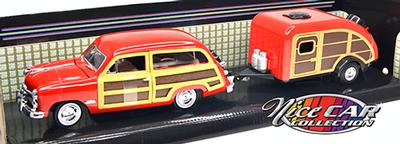 #179 / Ford Woody Wagon 1949 avec remorque campeur