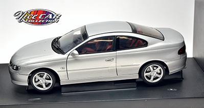#1002 Holden V2 MONARO CV8