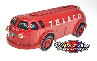1934 Diamond T Tanker Texaco  #920