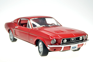#1112  1968 Ford MUSTAMG GT 2+2 FastBack  ** NEUVE**