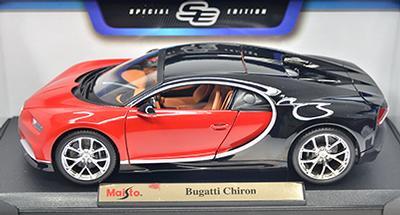 #1105 Bugatti Chiron / Noir et rouge