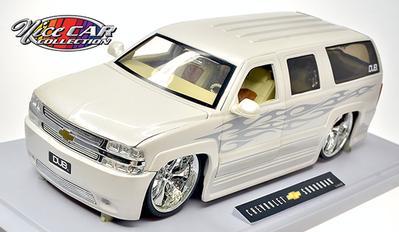 Chevrolet Suburban 1.18