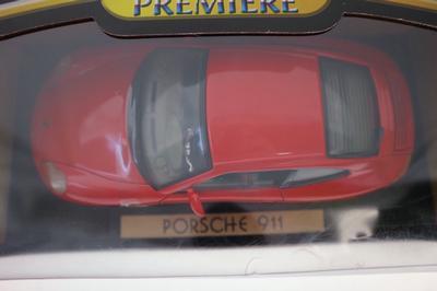Porsche 911 rouge  1130