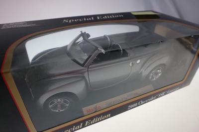 Chevrolet SSr Concept argent  1134