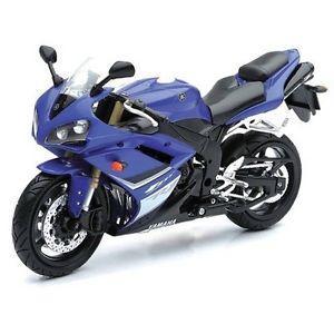 Ensemble Yamaha Licence et moto (#349)