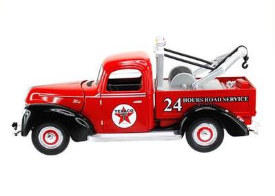 #096 **NEUVE** Ford Tow Truck 1940