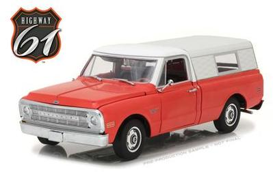 Chevrolet C-10 Pickup 1970 with Camper Shell (#356)