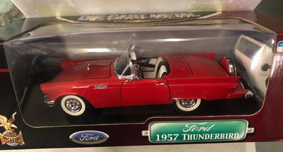 1957 FORD Thunderbird (#576)