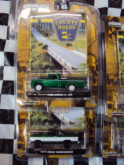 1:64 Set County Roads #2 *GREEN MACHINES*