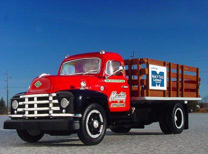 Diamond-T Stake Truck 1955