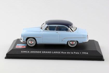 Simca Aronde Grand Large Rue de la Paix 1956