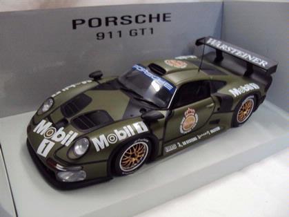 Porsche 911 GT1 1996