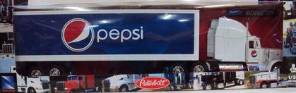 PEPSI -Peterbilt 387 White Long Hauler