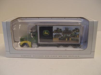 Peterbilt-385-Van-Box-John-Deere