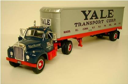 Mack B-61 1960 Yale Transport Corp.