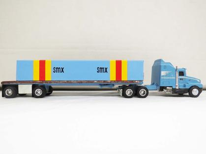 Kenworth T-600A with SMX Flat-bed Trailer