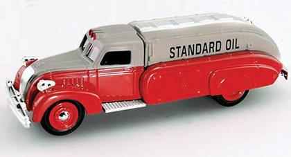 Dodge Airflow Tanker 1930 **Bank**