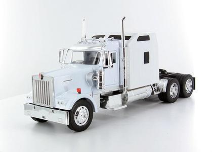 Kenworth W900 Cab