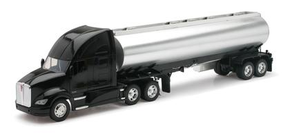 Kenworth T700 Oil Tanker Semi Truck & Trailer
