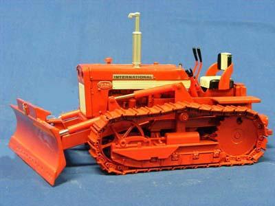 International TD-340 Bullgrader