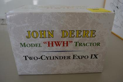 JOHN DEERE 1941 HWH Two-Cylinder EXPO IX
