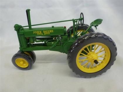 John Deere - The Unstyled Model B Tractor 1937