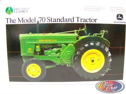 Jonh Deere - The Model 70 Standard Tractor