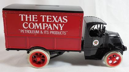 1925 Texaco Mack Bulldog Lubricant Truck