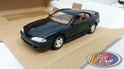 Ford Mustang GT 1995 in Plastic