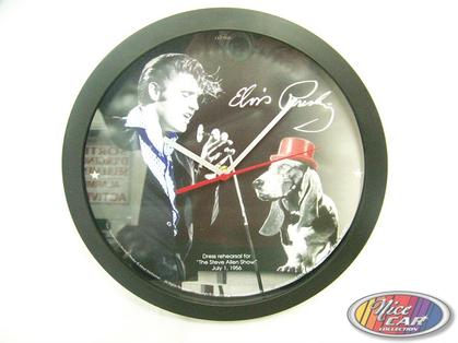 Clock Elvis Presley with dog 12po