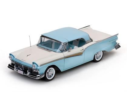 Ford Fairlane 500 Skyliner 1957