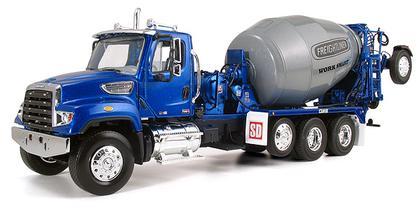 Freightliner Work Smart 114SD with McNeilus Bridgemaster Mixer
