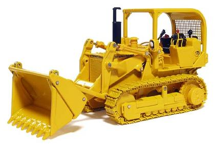 International 175 Crawler Loader on Metal Tracks