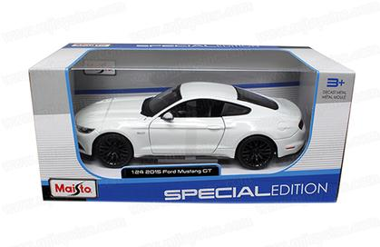 Ford Mustang GT 2015 1:24