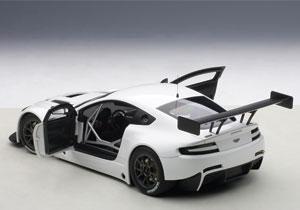 Aston Martin Vantage V12 GT3 2013