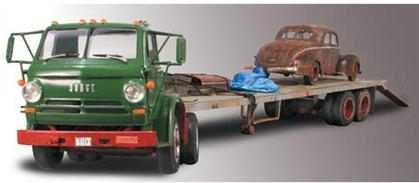 Dodge L-700 1969 & Ford Coupe 1940 With Flatbed Trailer