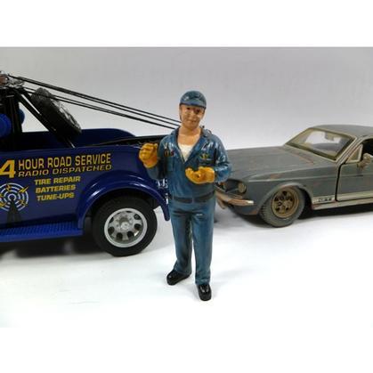 Figurine Tow Truck Driver/Operator Bill