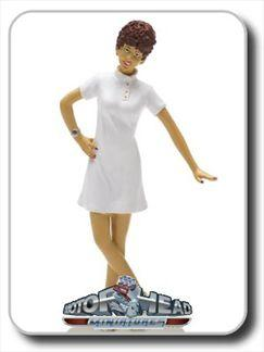 FIGURINE BARBARA