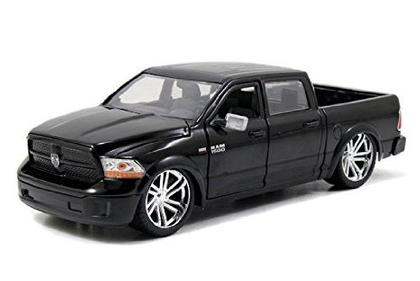 Dodge Ram 1500 2014 Custom Edition