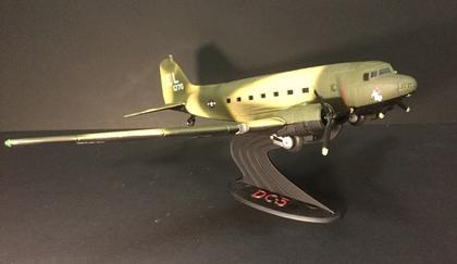 avion Douglas DC-3 FC-47
