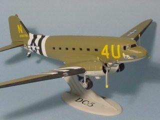 Plane Douglas DC-3/C-47 - USAAF Operation Overlord 1944