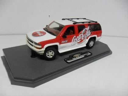 Chevrolet Suburban 2000 Coca-Cola *Rare*