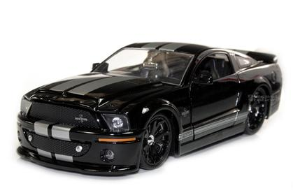 Ford Mustang Shelby GT-500 KR (gold stripes)