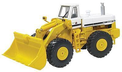 International Harvester 560 Pay Loader