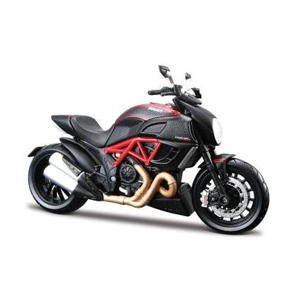 Motorcycle Ducati Diavel Carbon