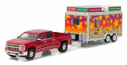 Chevrolet Silverado 2015 with Concession Trailer