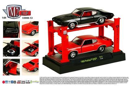 Set 1:64 Cars & Lift - Pontiac GTO 1969