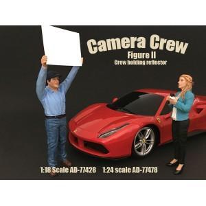 Camera Crew II - Crew holding reflector